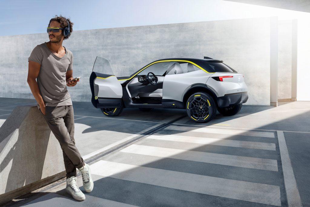 Opel GT X Experimental: Et kig i Opels krystalkugle