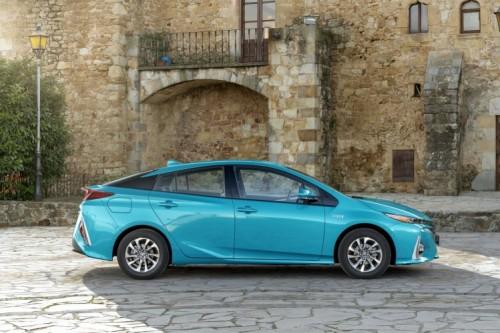 Toyota tilbagekalder næsten 1 million biler – 2.900 i Danmark