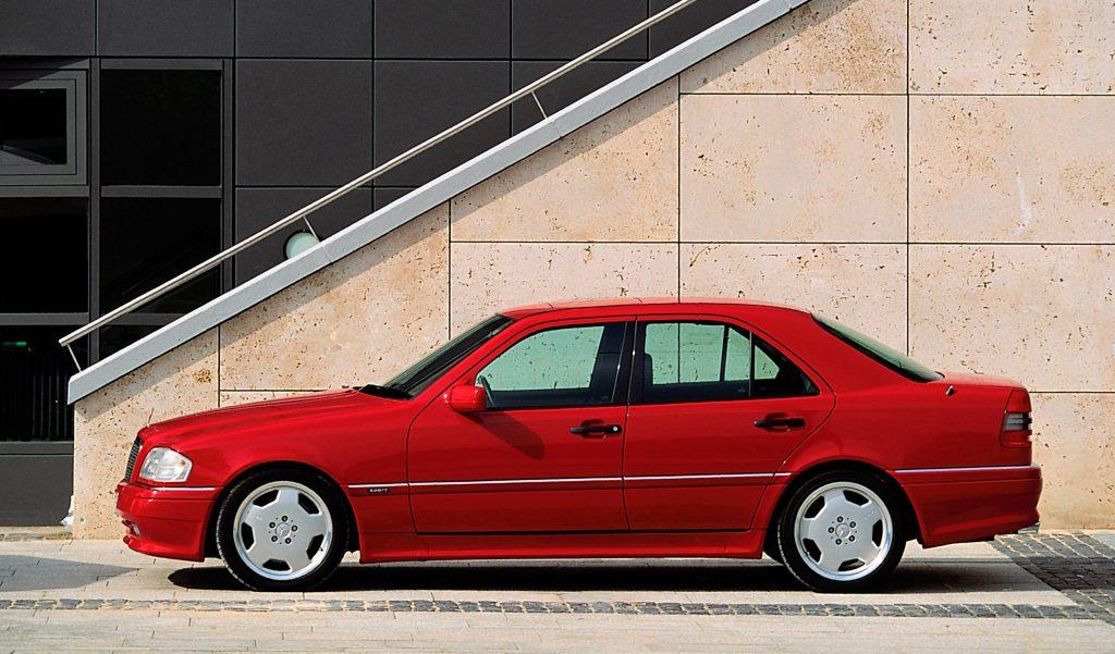 Tillykke – Mercedes-Benz C 36 AMG fylder 25 år