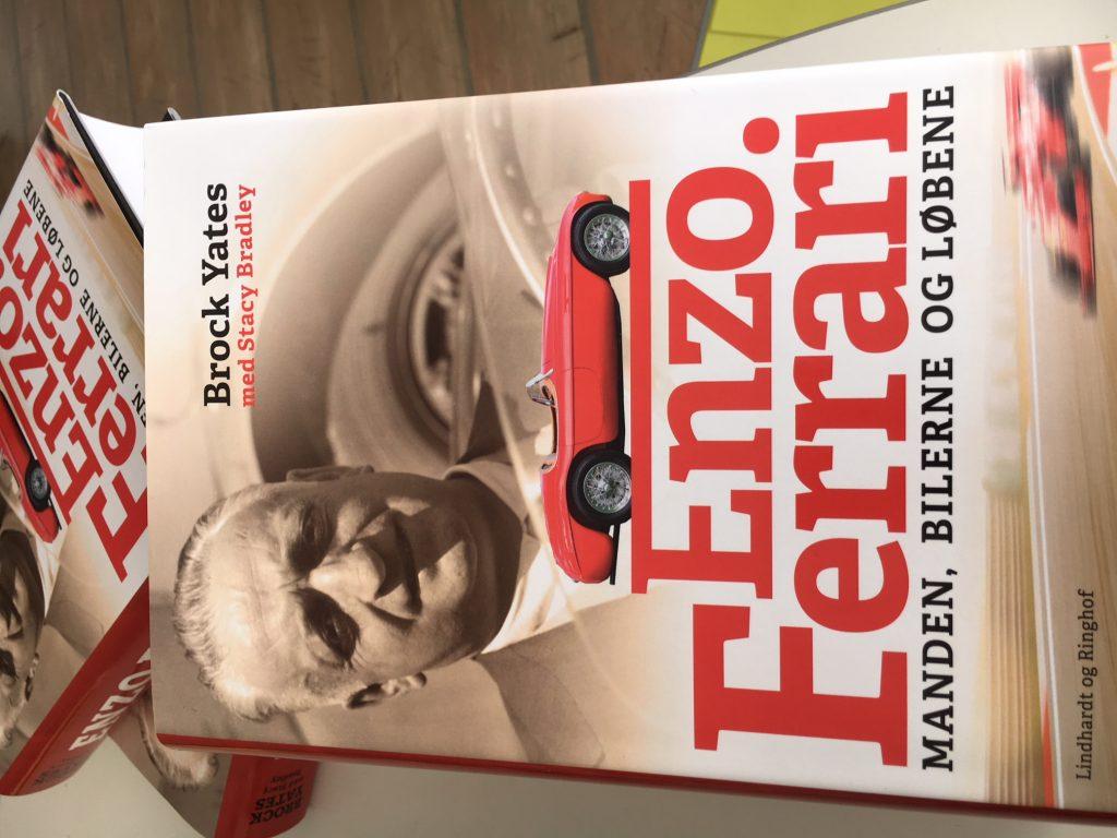 Ny, stor illustreret biografi om Enzo Ferrari