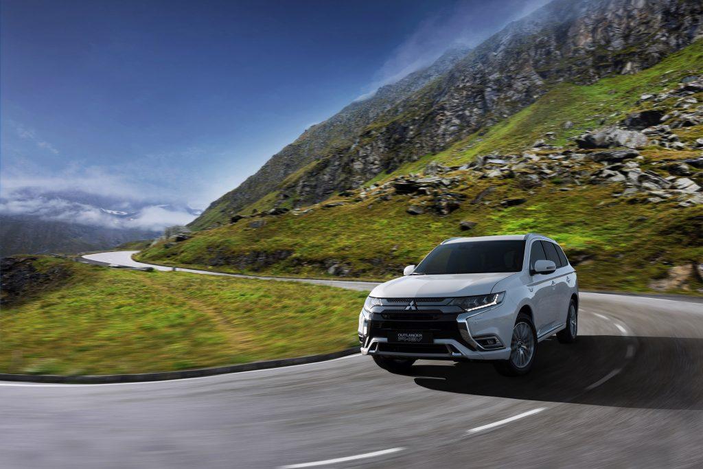Mitsubishi-SUV skal have fat i hybridkunderne