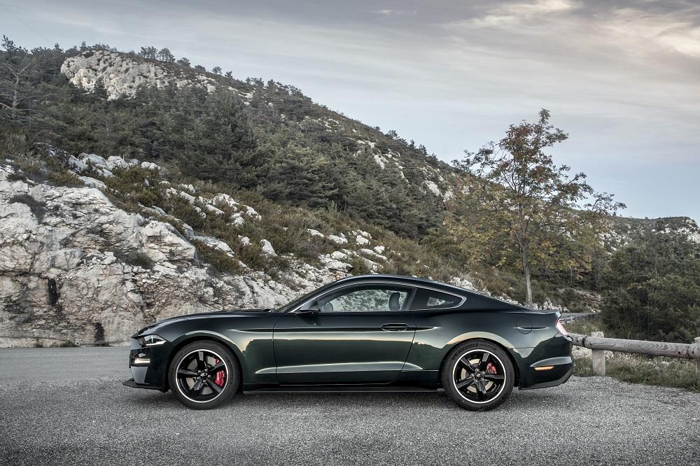 Ford hylder Steve McQueen med Bullitt-model