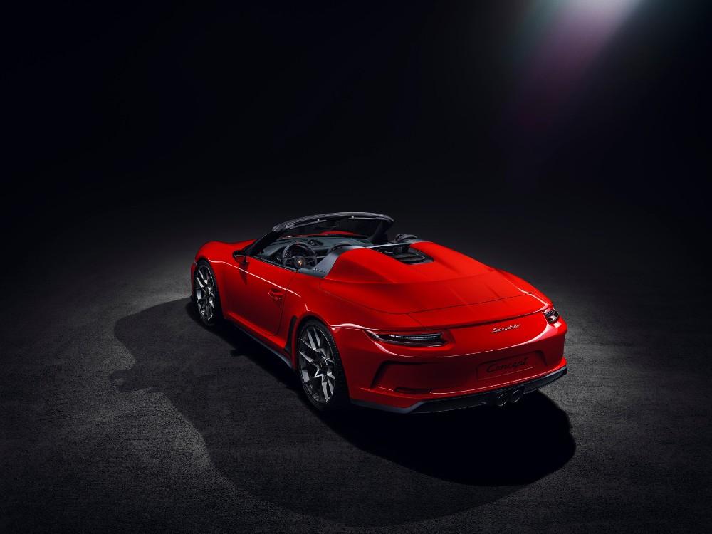 Nu rammer Porsche 911 Speedster asfalten