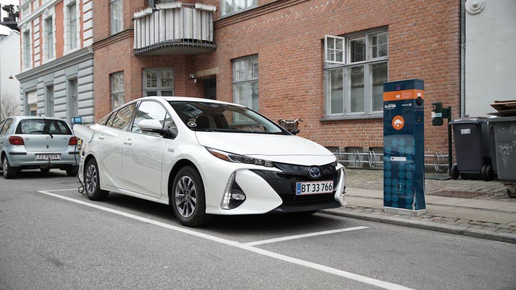 Elektrisk tilbud – To års fri strøm til nye Toyota Prius Plug-in-ejere