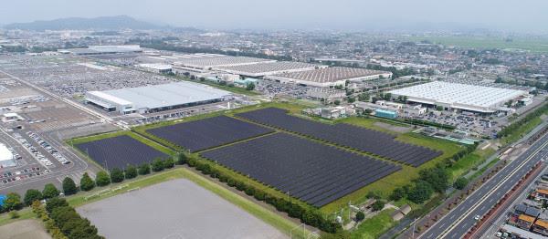 Subaru køber aflad: Laver stor investering i solceller