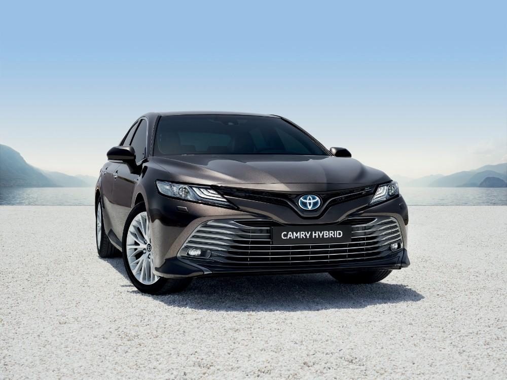 Comeback – Camry: Toyota genopliver topmodel
