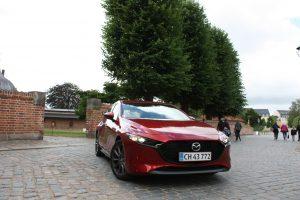 TEST: Mazda 3 – lækker, lille og dyr