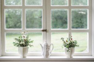 Sandblæst folie på glasdøren skaber diskretionsområde